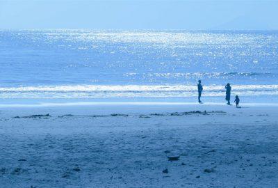 夏が待ち遠しい伊東市伊豆高原駅から近い穴場海水浴ビーチ